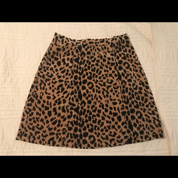 Betsy Johnson leopard print skirt